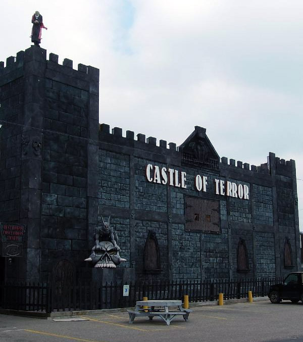 Castle of Terror haunted house in Wisconsin Dells